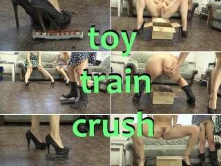 toy train crush