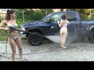 Carwash Chicks