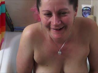 Eine Menge Scheiße und ein dreckiges Bad