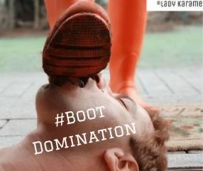 Hunter Boots voller Dreck - Die Fußmatte putzt!