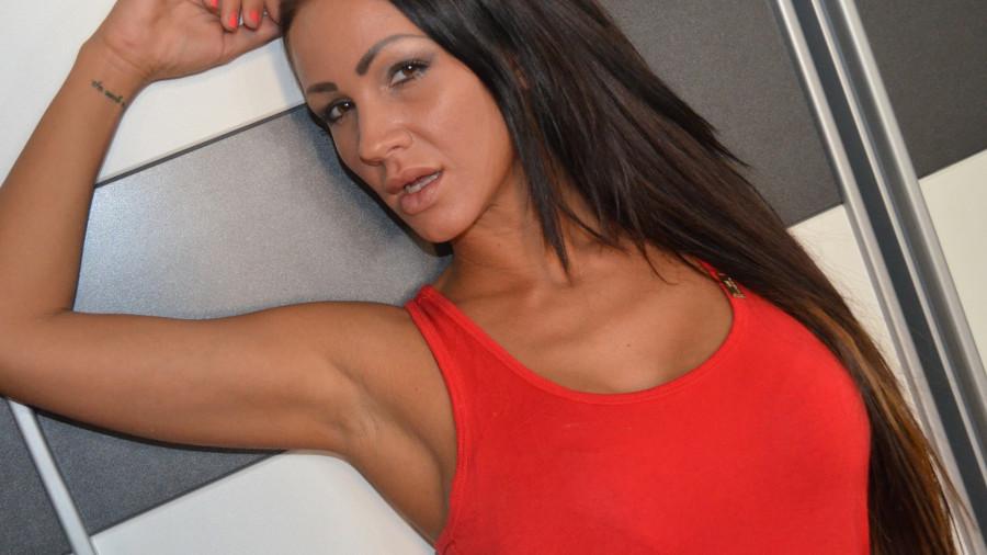Mariella30