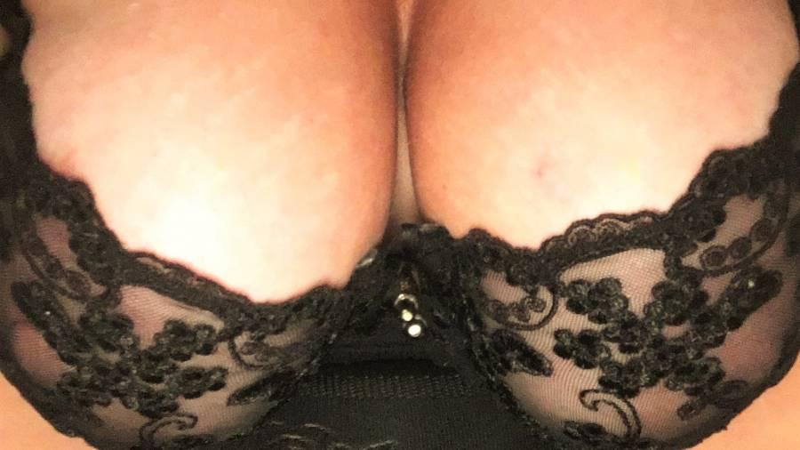 boobsbabsi