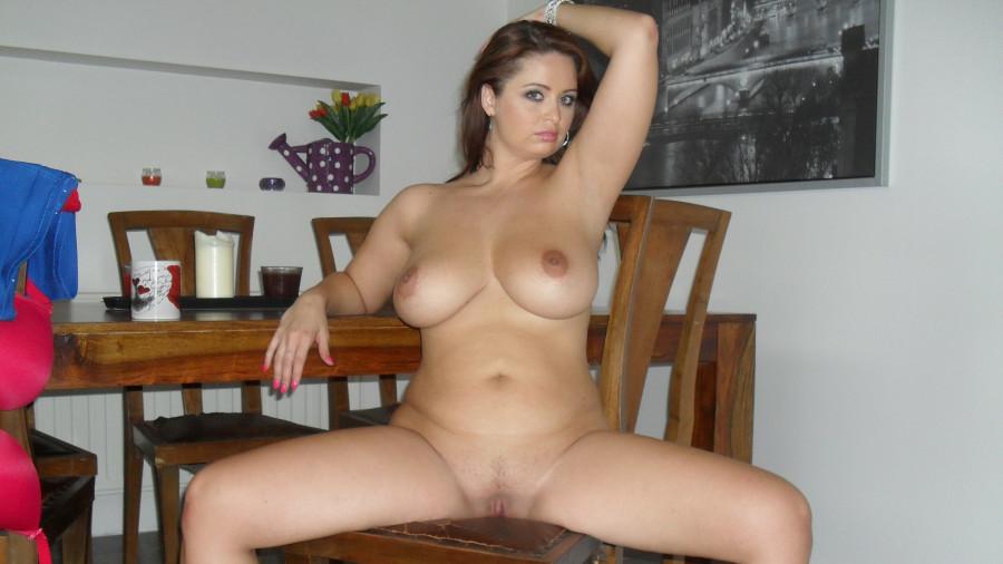 Nacktfotos zeig mir deine Beste Zeige