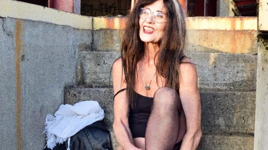 Fotoshooting Outdoor - Beim umkleiden meiner Jeans