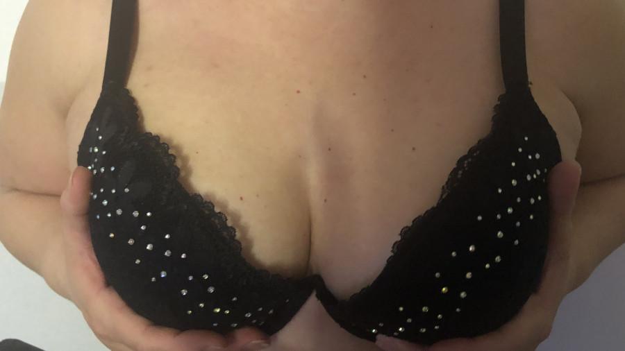 Sexy-Sarah